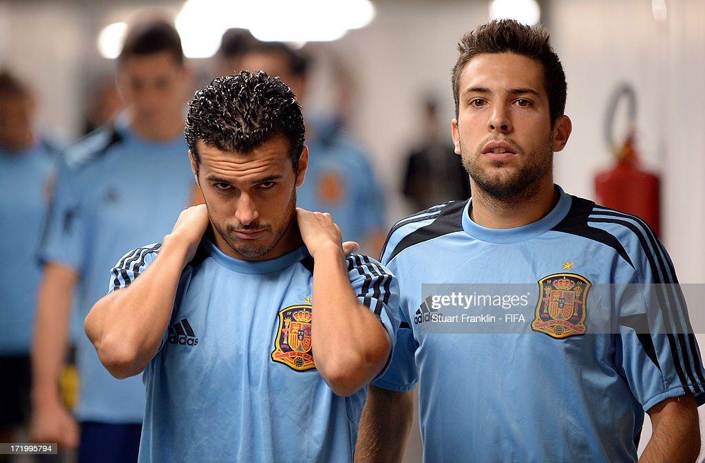Pedro Rodríguez of Spain and <a gi-track='captionPersonalityLinkClicked' href=/galleries/search?phrase=Jordi+Alba&family=editorial&specificpeople=5437949 ng-click='$event.stopPropagation()'>Jordi Alba</a> (R) look on prior to the FIFA Confederations Cup Brazil 2013 Final match between Brazil and Spain at Maracana on June 30, 2013 in Rio de Janeiro, Brazil.