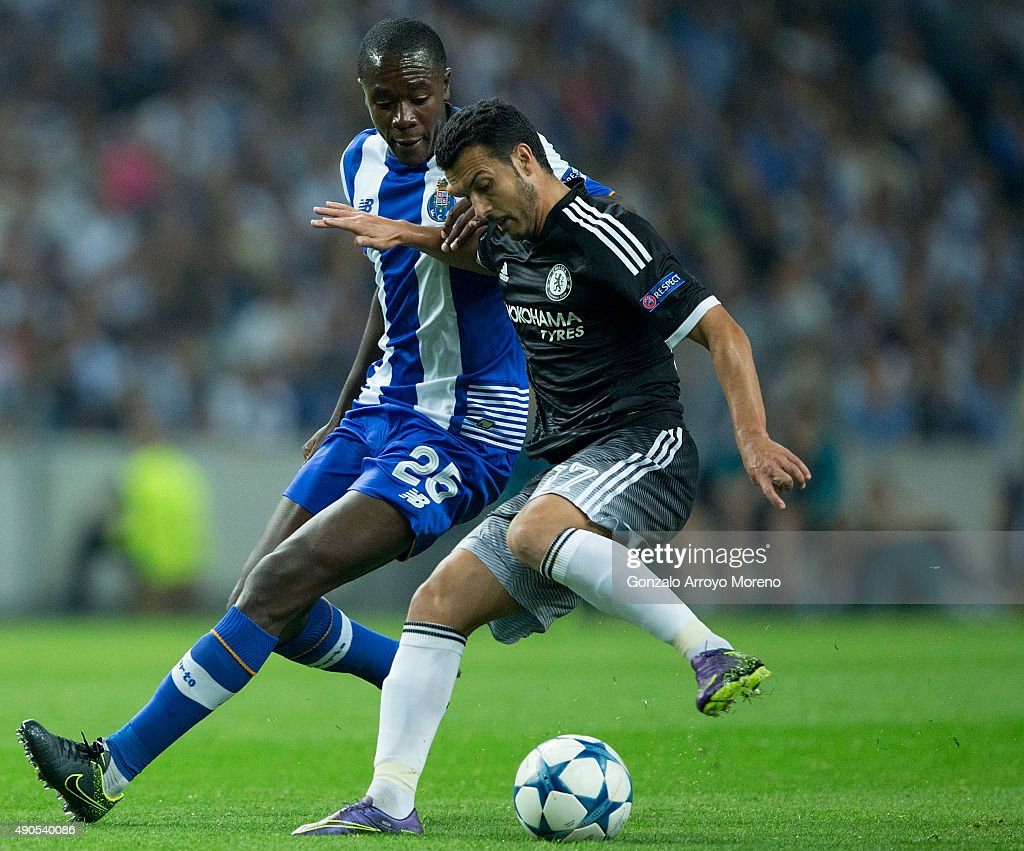 Pedro Rodriguez Ledesma of Chelsea FC competes for the ball with Giannelli Imbula of FC Porto during the UEFA Champions League Group G match between...