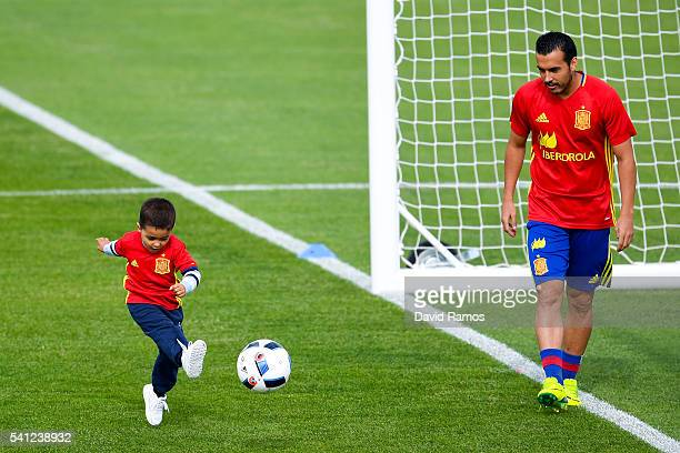 Pedro Rodriguez of Spain and his son Bryan Rodriguez during a training session at Complexe Sportif Marcel Gaillard on June 19 2016 in La Rochelle...