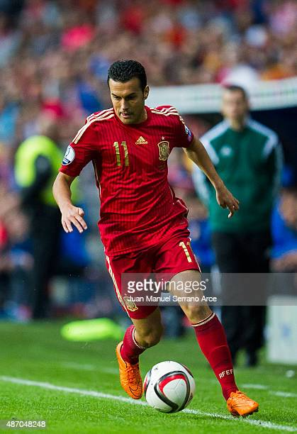 Pedro Rodriguez of Spain controls the ball during the Spain v Slovakia EURO 2016 Qualifier at Carlos Tartiere on Sep 5 2015 in Oviedo Spain