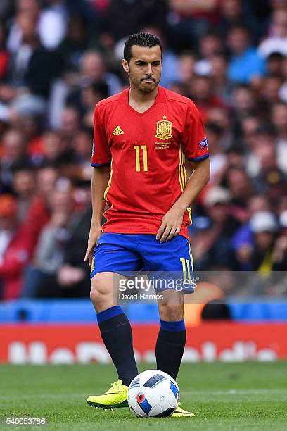 Pedro Rodriguez of Spain runs with the ball during the UEFA EURO 2016 Group D match between Spain and Czech Republic at Stadium Municipal on June 13...