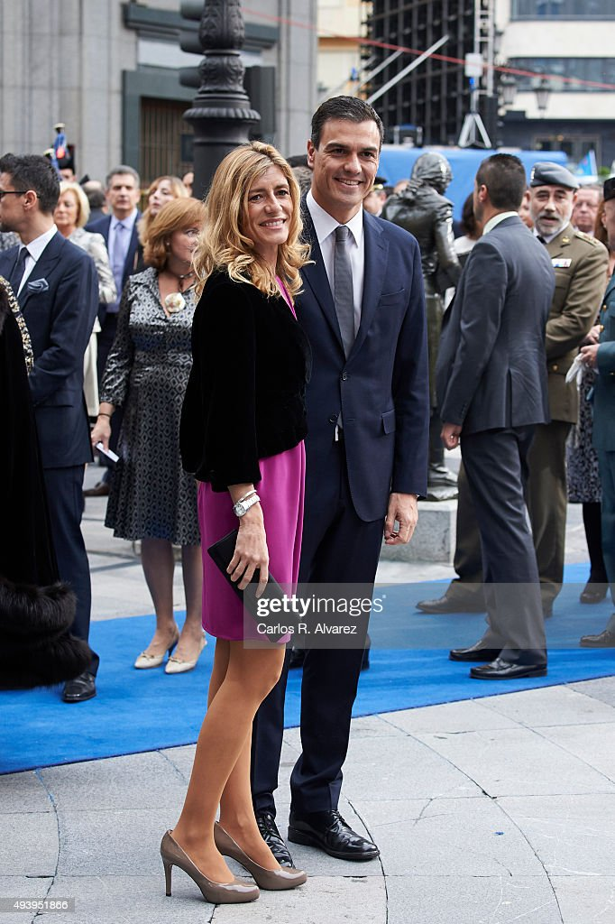 Pedro Sanchez and wife Begona Fernandez arrive to the Campoamor Theater for the Princess of Asturias Award 2015 ceremony on October 23, 2015 in Oviedo, Spain.