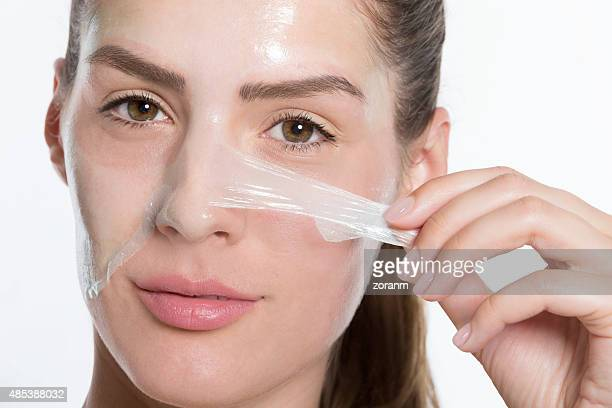 Peeling off facial mask