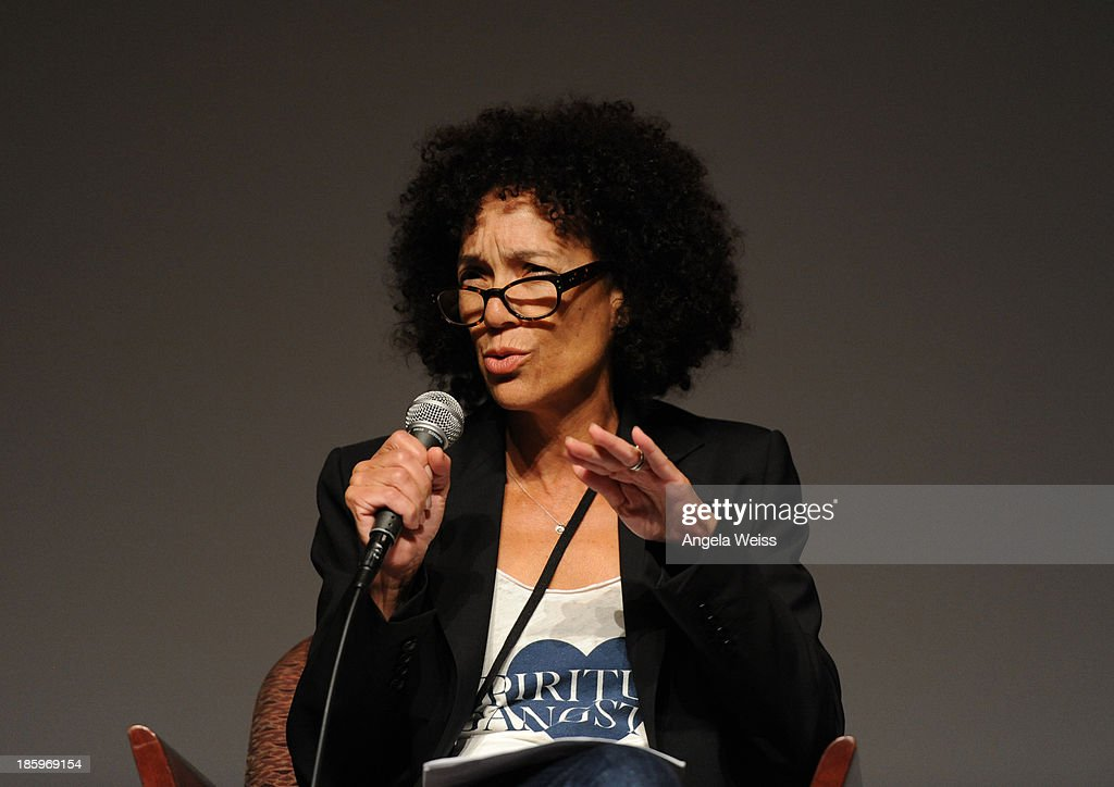 'Peeples' and 'Hustle and Flow' producer and Los Angeles Film Festival director <a gi-track='captionPersonalityLinkClicked' href=/galleries/search?phrase=Stephanie+Allain&family=editorial&specificpeople=2079610 ng-click='$event.stopPropagation()'>Stephanie Allain</a> speaks onstage at the Film Independent Forum at the DGA Theater on October 26, 2013 in Los Angeles, California.