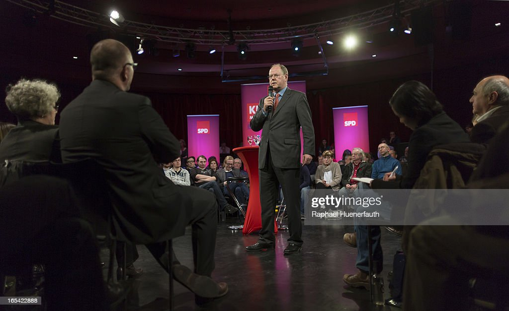 <a gi-track='captionPersonalityLinkClicked' href=/galleries/search?phrase=Peer+Steinbrueck&family=editorial&specificpeople=209110 ng-click='$event.stopPropagation()'>Peer Steinbrueck</a>, candidate for chancellor of the German Social Democrats (SPD), talks during the event 'Klartext mit <a gi-track='captionPersonalityLinkClicked' href=/galleries/search?phrase=Peer+Steinbrueck&family=editorial&specificpeople=209110 ng-click='$event.stopPropagation()'>Peer Steinbrueck</a>' at the Tempodrom on April 03, 2013 in Berlin, Germany. Steinbrueck will challenge German Chancellor Angela Merkel in federal elections scheduled for September, though so far he is trailing significantly in polls.
