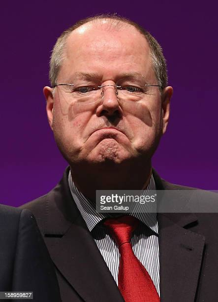 Peer Steinbrueck chancellor candidate of the German Social Democrats attends a Lower Saxony SPD state election rally on January 4 2013 in Emden...
