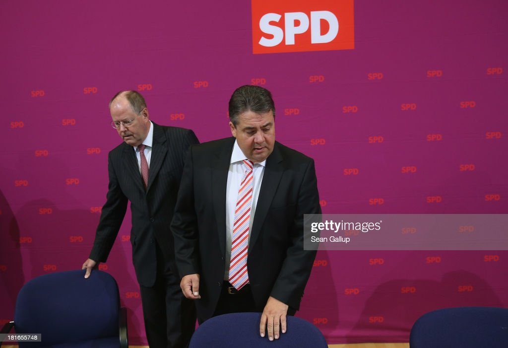 Peer Steinbrueck chancellor candidate of the German Social Democrats and SPD Chairman Sigmar Gabriel arrive for a meeting of the SPD governing board...