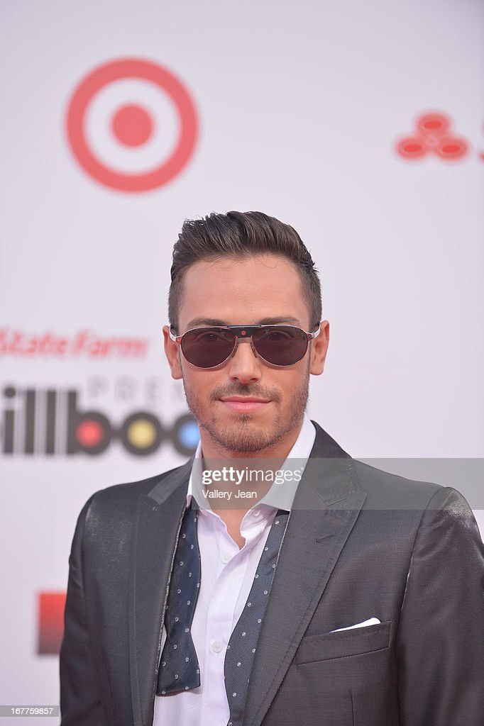 PeeWee arrives at Billboard Latin Music Awards 2013 at Bank United Center on April 25, 2013 in Miami, Florida.