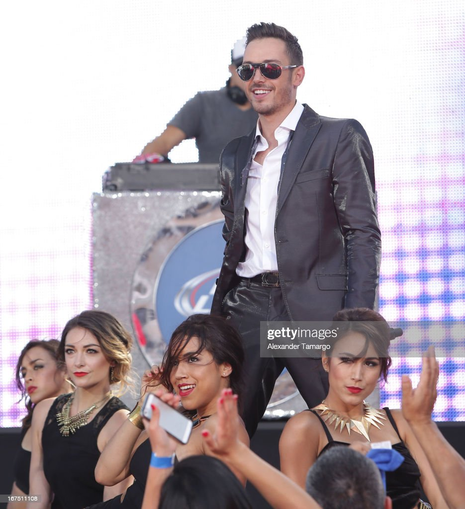 PeeWee performs at Billboard Latin Music Awards 2013 at Bank United Center on April 25, 2013 in Miami, Florida.