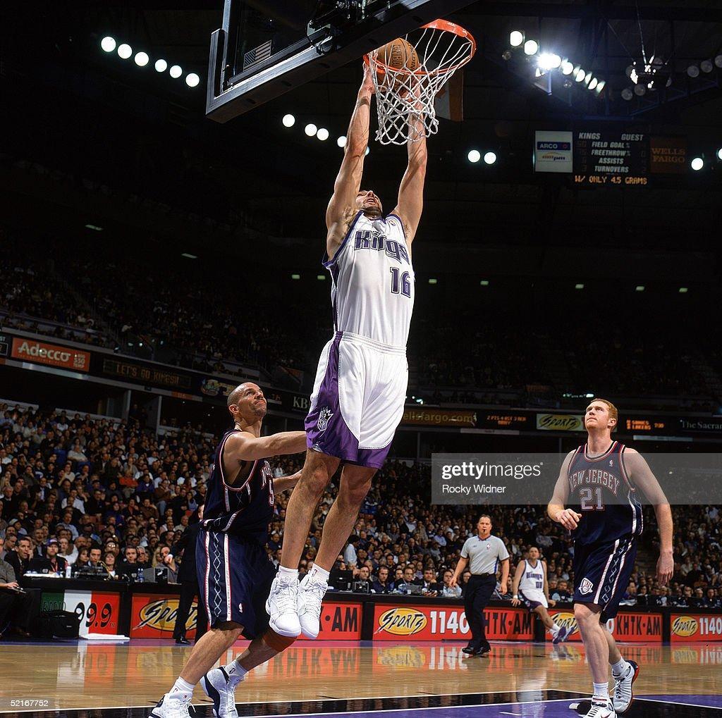 New Jersey Nets v Sacramento Kings s and