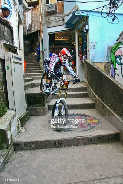 CONTENT] Pela primeira vez uma favela carioca sediou um evento esportivo internacional o inédito Red Bull Desafio no Morro nos dias 26 e 27 de...