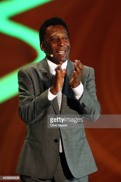 Pele aplauds the audience before the Final Draw for the 2014 FIFA World Cup Brazil at Costa do Sauipe Resort on December 6 2013 in Costa do Sauipe...