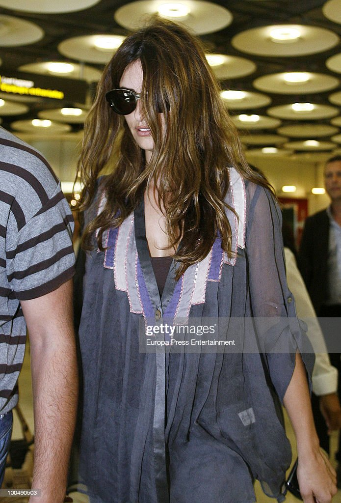 Penelope Cruz arrives at the airport Barajas on May 24, 2010 in Madrid, Spain.