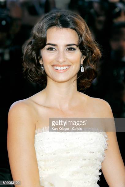 Image has been digitally retouched Penelope Cruz arrives at the 'Volver' premiere at the 59th International Cannes Film Festival in Cannes France on...