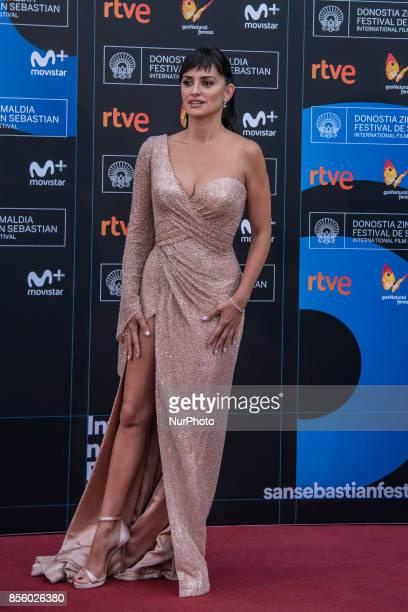 Penelope Cruz attends 'Loving Pablo' photocall during 65th San Sebastian Film Festival on September 30 2017 in San Sebastian Spain