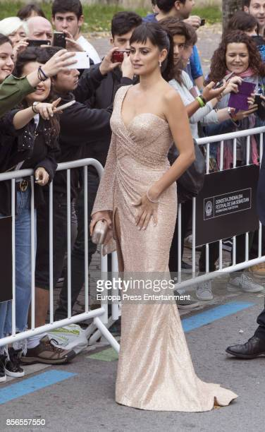 Penelope Cruz attends 'Loving Pablo' photocall during 65th San Sebastian Film Festival on September 30 2017 in San Sebastian Spain