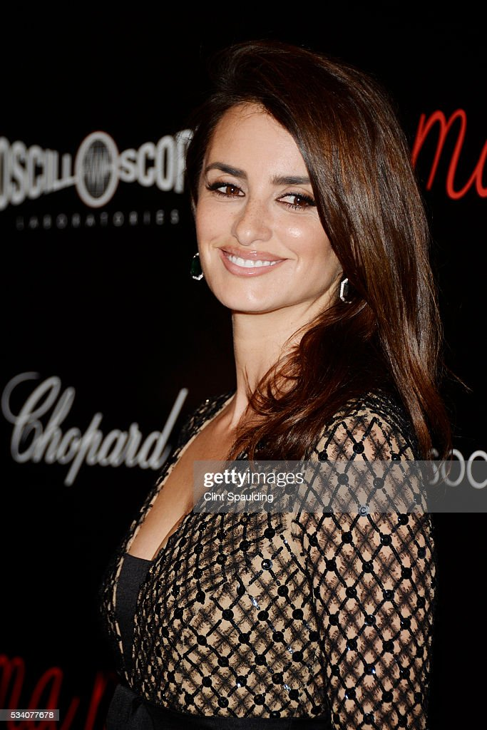 <a gi-track='captionPersonalityLinkClicked' href=/galleries/search?phrase=Penelope+Cruz&family=editorial&specificpeople=171775 ng-click='$event.stopPropagation()'>Penelope Cruz</a> attends The Cinema Society and Chopard Host a Screening of Oscilloscope's 'ma ma' at Landmark Sunshine Theatre on May 24, 2016 in New York City.