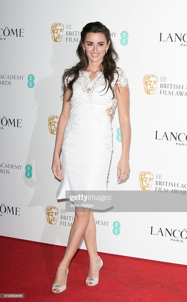 Penelope Cruz attends the Lancome BAFTA nominees party at Kensington Palace on February 13, 2016 in London, England.