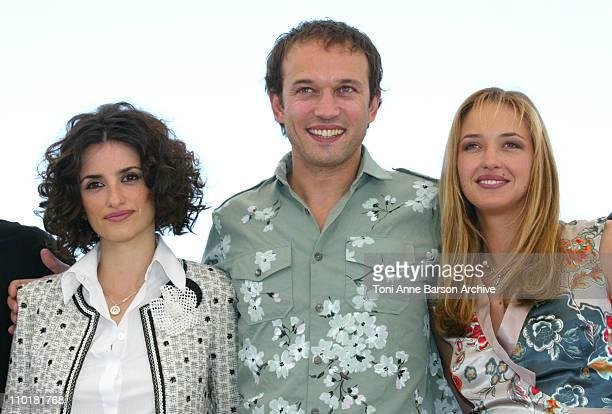 Penelope Cruz Vincent Perez and Helene De Fougerolles