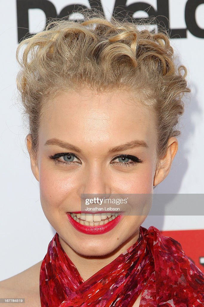 Penelope Mitchell attends the Netflix's Los Angeles Premiere Of 'Arrested Development' Season 4 at TCL Chinese Theatre on April 29, 2013 in Hollywood, California.