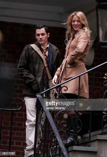 Penn Badgley and Blake Lively on location for 'Gossip Girl' November 27 2007 in New York City