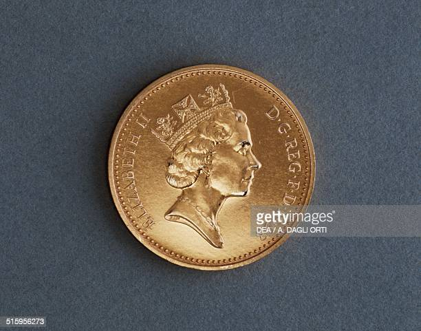 1 penny coin obverse queen Elizabeth II United Kingdom 20th century