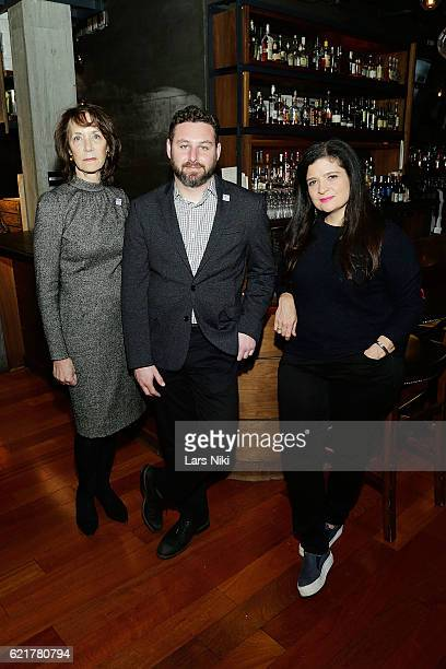 Penny Glazier Sam Holmes and Chef Alex Guarnaschelli attend the 3rd annual Dine Out for Heroes event in support of the Bob Woodruff Foundation at...