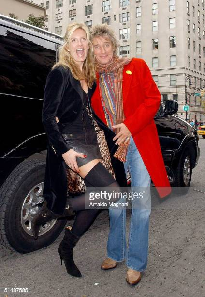 Penny Lancaster arrives at Nello's restaurant for lunch today with Rod Stewart October 16 2004 in New York City