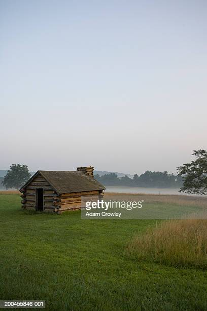 USA, Pennysylvania, Valley Forge encampments, log cabins