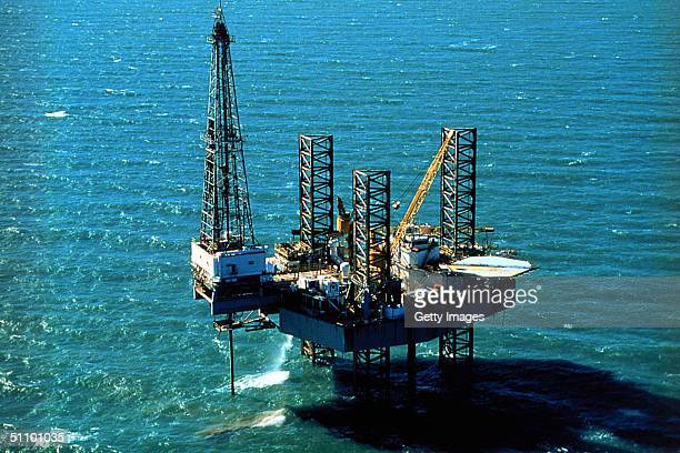 Pennzenergy Company Oil Exploration Drilling Rig Ship Shoal 150 In The Gulf Of Mexico