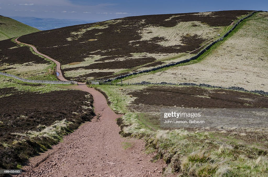 how to get to pentland hills from edinburgh
