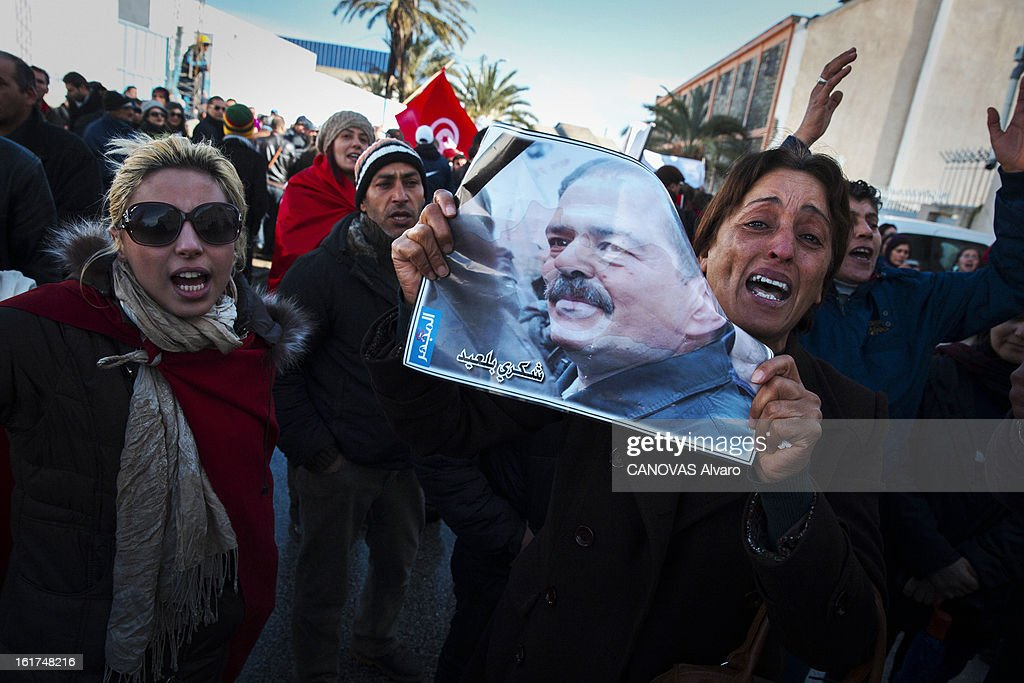People at the funeral of Chokri Belaid,political opponent to the Tunisian government on February 8, 2013 in Tunis,Tunisia.