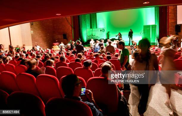 People attend Europe Ecologie Les Verts green party summer congress on August 24 2017 in Dunkerque northern France / AFP PHOTO / PHILIPPE HUGUEN