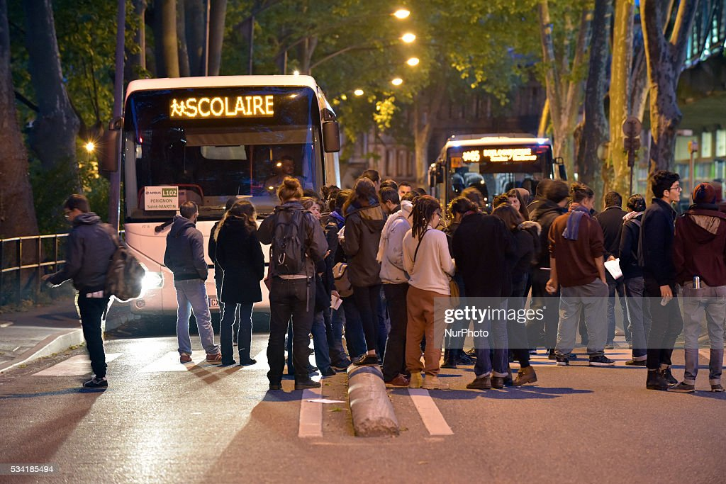 People block buses near the bus station of Toulouse in a blockade called by severals trade unions (CGT, FO, Sud-Rail) and the 'Nuit Debout' movement in order to protest the El-Khomri bill on labour reforms and the rail liberalization. Toulouse.France. May 25th, 2016.
