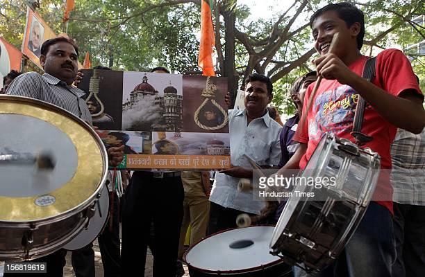 People celebrate outside BJP Mumbai Headquarters Nariman Point on news that 26/11 terrorist Ajmal Kasab on November 21 2012 in Mumbai India Terrorist...