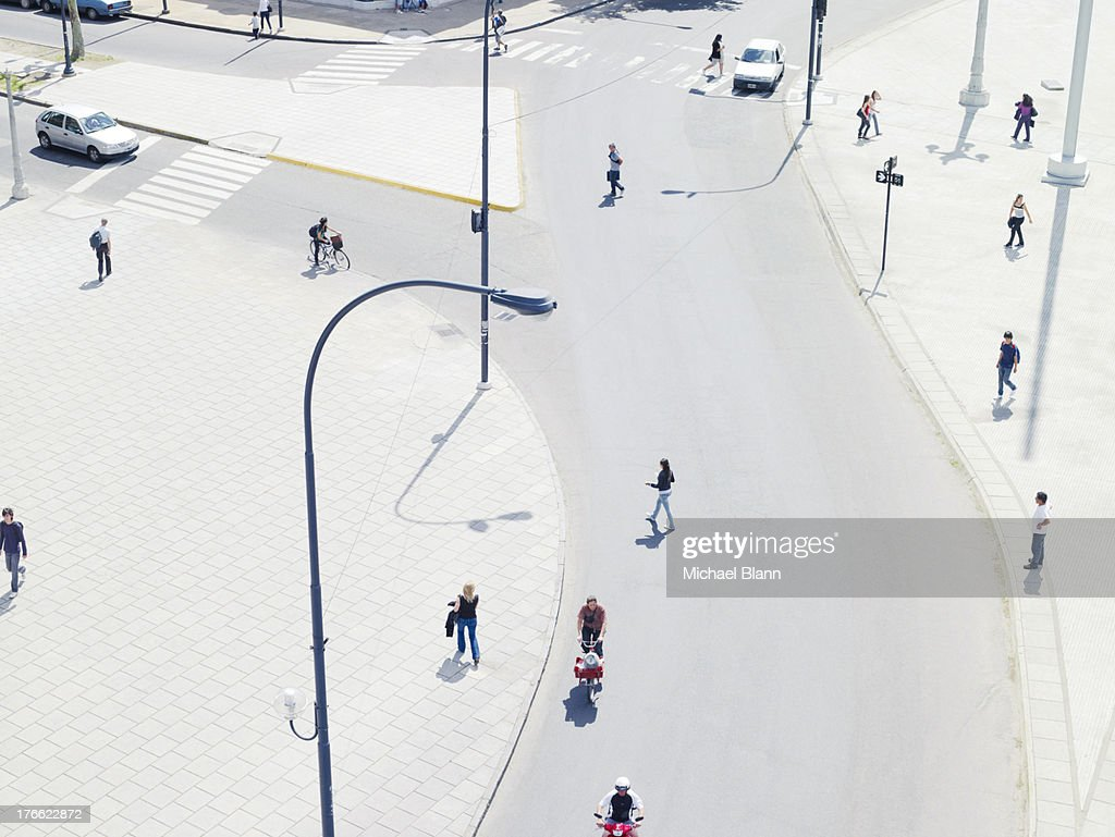 people commuting in the city from above, aerial : Stock Photo