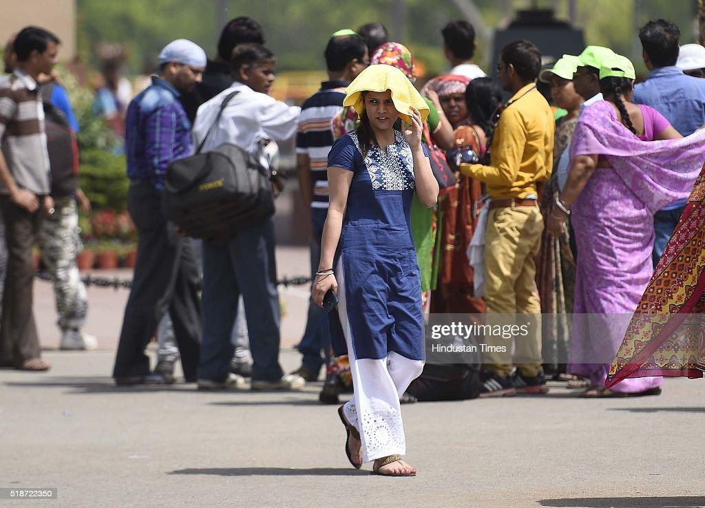 Hot Weather In Delhi/NCR
