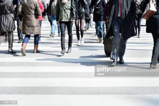 Personnes de traverser la rue, motion blur