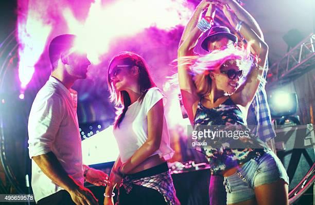 Menschen Tanzen auf party.
