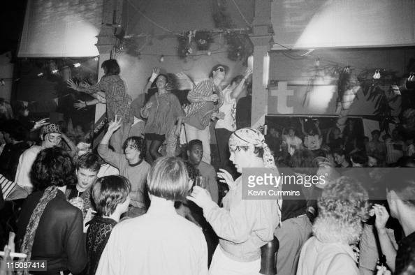 Hacienda manchester stock photos and pictures getty images for Acid house 1988