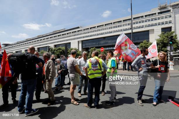 People demonstrate in support of employees of ailing car parts factory GmS Industry in front of the Economy ministry in Paris on June 16 2017 Around...