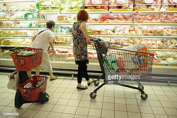 People do shopping in a supermarket on August 9 2010 in Gramont southern France AFP PHOTO / REMY GABALDA