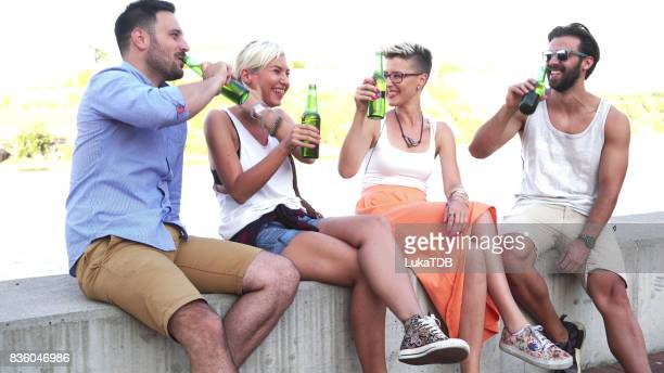 People drinking beer and enjoying at the sun