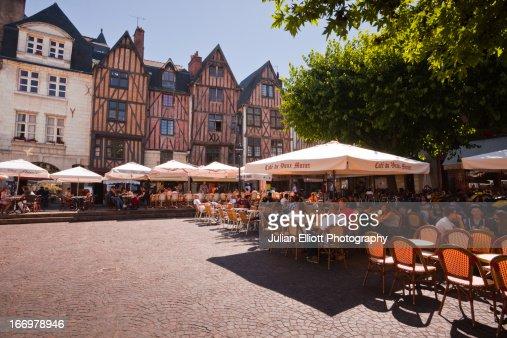 People enjoying the restaurants of Vieux Tours.
