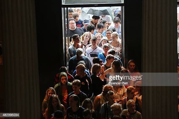 People enter the Metropolitan Museum of Art on July 30 2015 in New York City The Met recently announced that it drew 63 million visitors in the last...