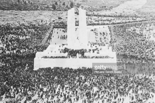 People flocking to see the Canadian National Vimy War Memorial shortly after it was unveiled in 26 July 1936