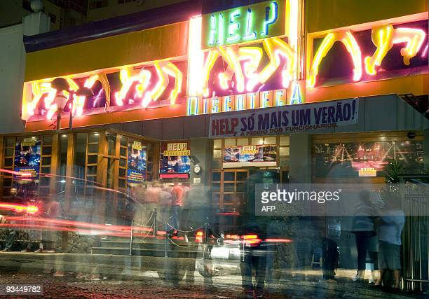 Copacabana nightclub stock photos and pictures getty images for Miroir night club rio de janeiro