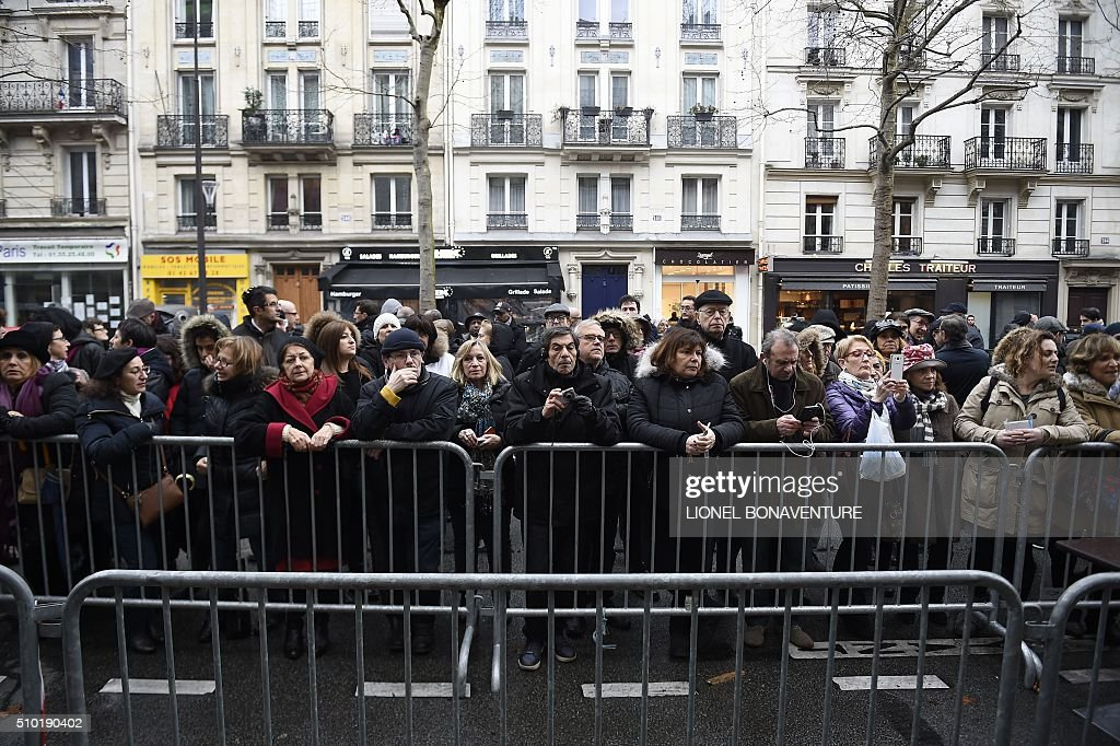 People gather during a ceremony in tribute to late Ilan Halimi on February 14, 2016 in Paris, ten years after 23-year-old Jewish Frenchman was murdered, on February 13, 2006 after he was kidnapped and tortured for three weeks by a gang in a Paris suburb. AFP PHOTO / LIONEL BONAVENTURE / AFP / LIONEL BONAVENTURE