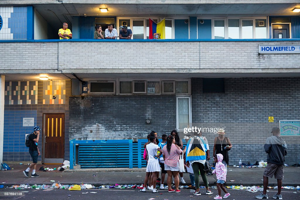 People gather outside a housing estate in Notting Hill as Notting Hill Carnival comes to an end on August 29 2016 in London England The Notting Hill...