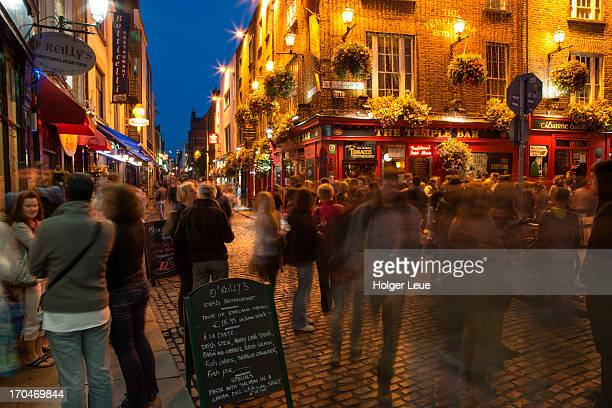 People in Temple Bar district at night